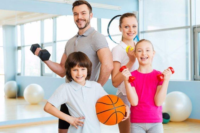 Семейный фитнес - изображение