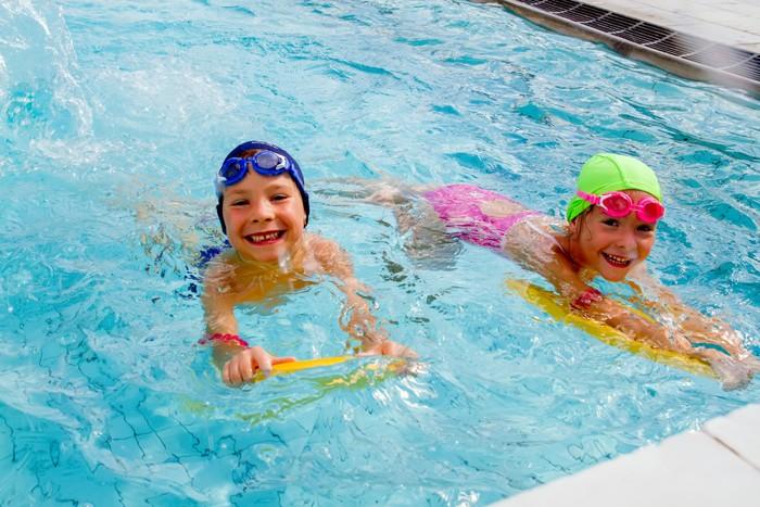 Фотографии - Бассейн для мальчиков и девочек - фитнес-клуб «МультиСпорт»