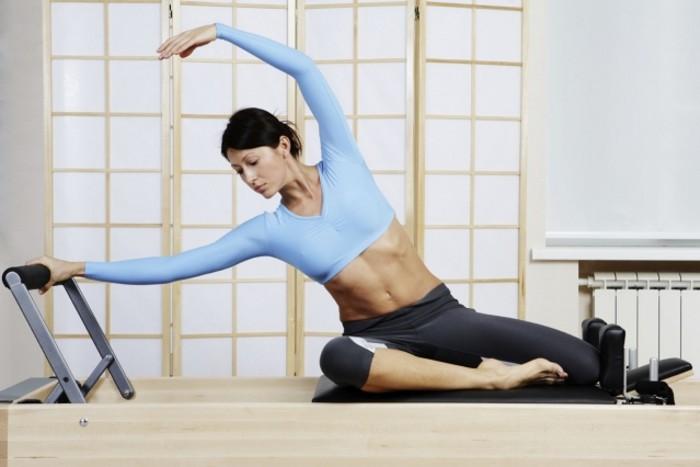 Йога и пилатес - изображение