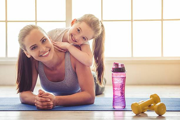 Фитнес-клуб для мамы с ребенком - изображение