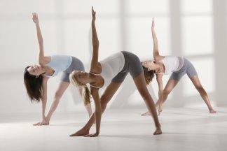 Йога для женщин в Москве - изображение