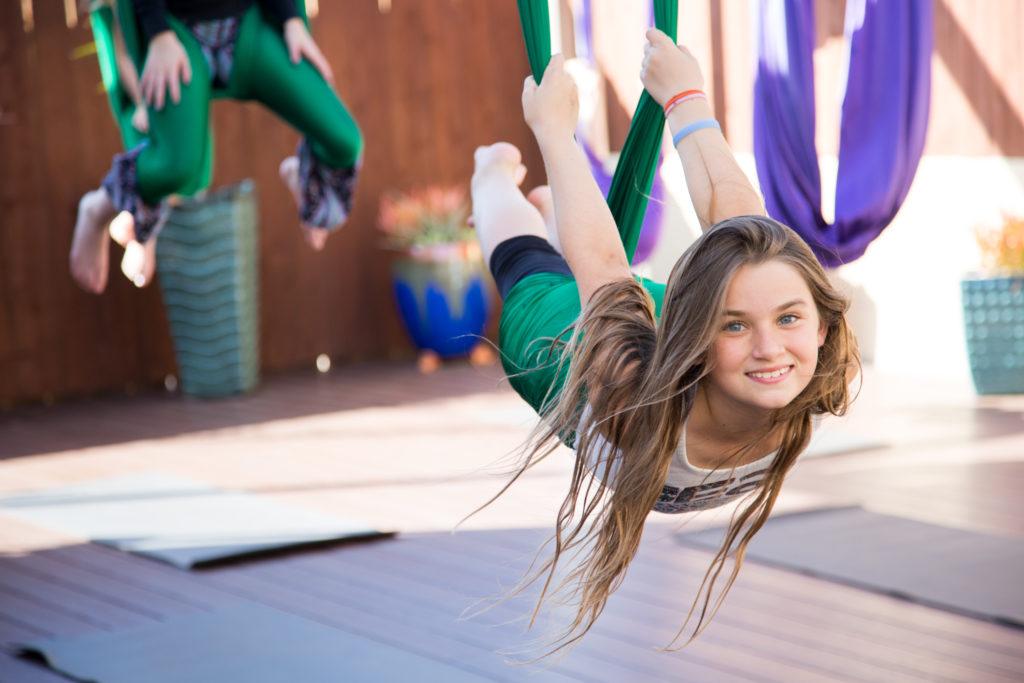 Фотографии - Гравитационная йога для детей - фитнес-клуб «МультиСпорт»