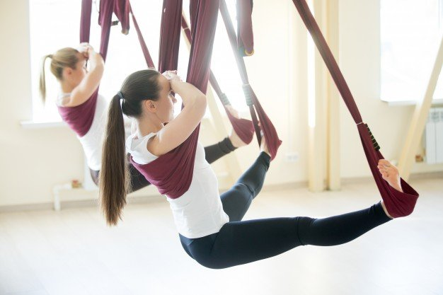 Фотографии - Йога в воздухе на гамаках - фитнес-клуб «МультиСпорт»